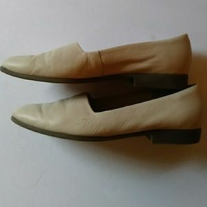 Life Stride Shoes - Life Stride Studio ivory leather loafers-sz 8 1/2M
